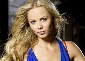 Laura Vandervoort, Smallville