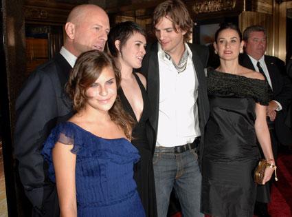Tallulah Belle Willis, Bruce Willis, Rumer Willis, Ashton Kutcher, Demi Moore