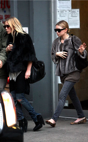 Mary-Kate Olsen, Ashley Olsen