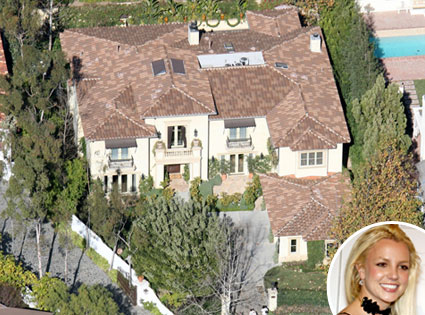 Britney Spears, Summit House
