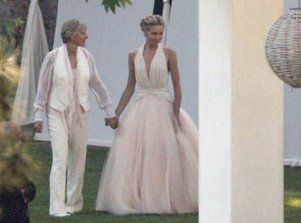 It's Official! Ellen DeGeneres Marries Portia de Rossi | E ...