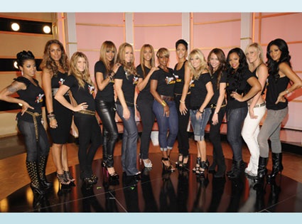 Keyshia Cole, Leona Lewis. Fergie, Ciara, Mariah Carey, Beyonce, Mary J Blige,  Rihanna, Carrie Underwood, Miley Cyrus, Ashanti, Natasha Bedingfield, Nicole Scherzinger