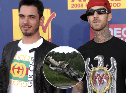 DJ AM, Travis Barker plane crash