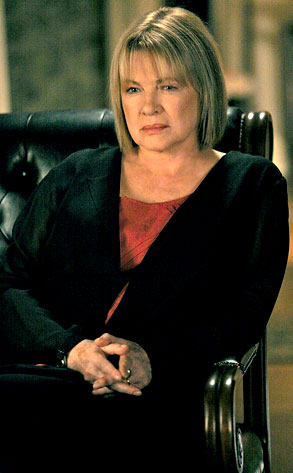 Dianne Wiest, In Treatment