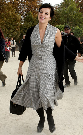 lily allen from semaine de la mode paris 2008 e news france. Black Bedroom Furniture Sets. Home Design Ideas
