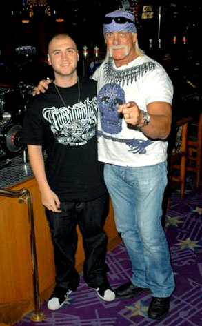 Nick Hogan, Hulk Hogan