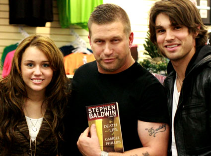 Miley Cyrus, Stephen Baldwin, Justin Gaston