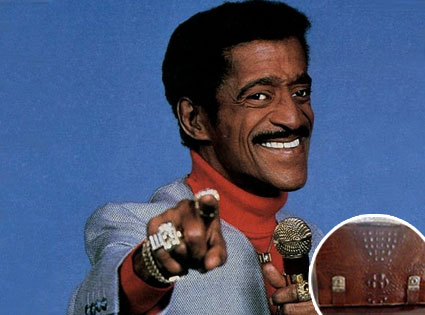 Sammy Davis Jr., Briefcase