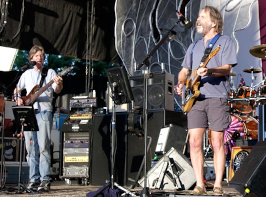 The Dead, Phil Lesh, Bob Weir