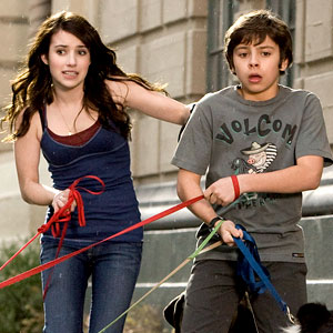 Hotel for Dogs, Emma Roberts, Jake Austin