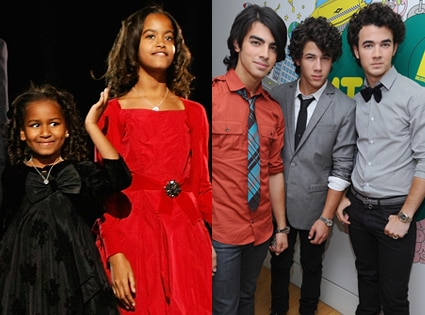 Malia Obama, Sasha Obama, The Jonas Brothers