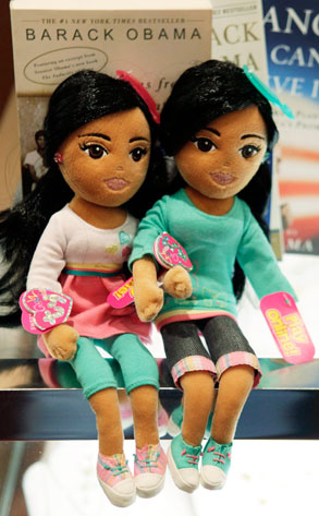 Sasha Obama, Malia Obama, Dolls