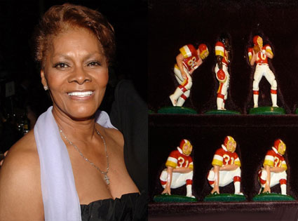 Dionne Warwick, Warwick Chess Set