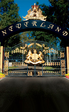 Michael Jackson, Neverland Gates