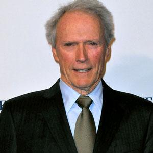 Clint Eastwood Urges S...
