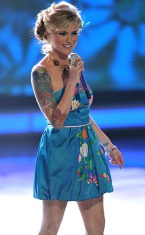 American Idol Megan Joy Talks Cawing Brother S Heckling