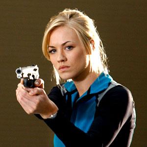 Yvonne Strahovski ? Chuck promo season 2 - Yvonne Strahovski &- co.