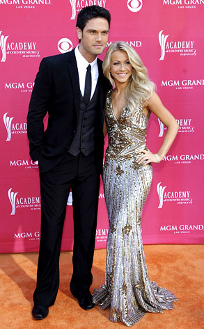 Chuck Wicks, Julianne Hough