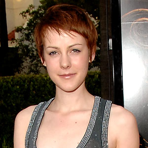 it 39 s official jena malone joins the hunger games catching fire e news. Black Bedroom Furniture Sets. Home Design Ideas