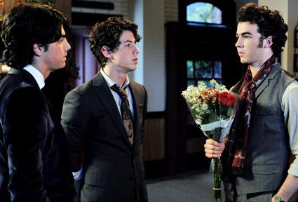 Joe Jonas, Nick Jonas, Kevin Jonas, Jonas
