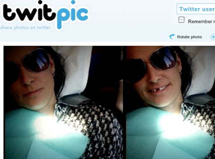 Demi Moore, Twitter, Missing Tooth