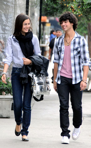 Camilla Belle, Joe Jonas