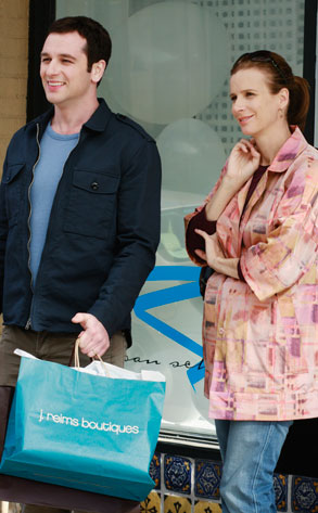 Brothers and Sisters, Rachel Griffiths, Matthew Rhys