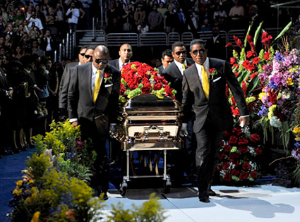 Michael Jackson, Caskett, Memorial