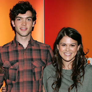 Ethan Peck, Lindsey Shaw