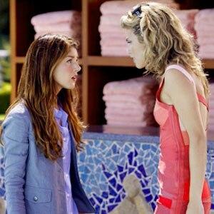 Shenae Grimes, AnnaLynne McCord, 90210