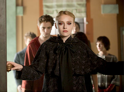 New Moon, Dakota Fanning