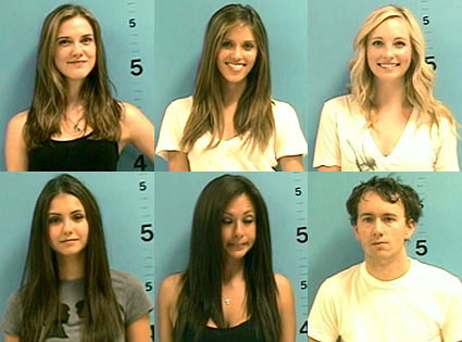 Sara Canning, Kayla Ewell, Candice Accola, Nina Dobrev, Krystal Vayda, Tyler Shields