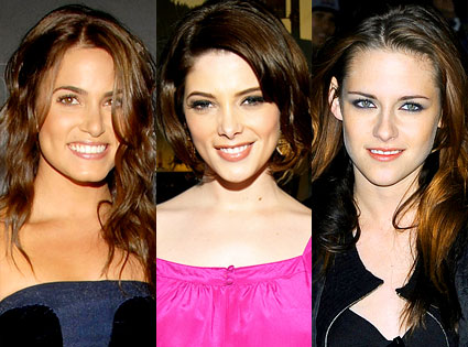 Nikki Reed, Ashley Greene, Kristen Stewart
