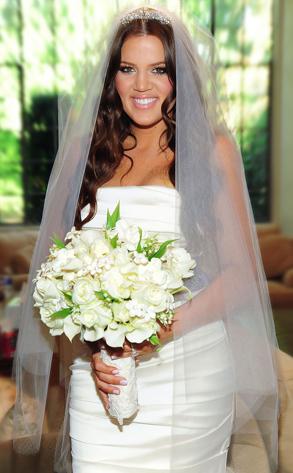 The Blushing Bride From Khloe Amp Lamars Wedding Day