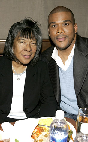 Tyler Perry, Willie Maxine Perry