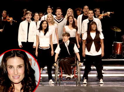 Wicked Cool: Idina Menzel Is in Talks to Join Glee | E! News
