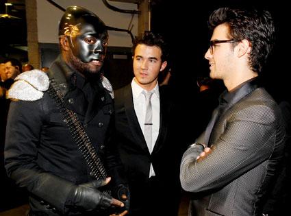 Will.i.am, Kevin Jonas, Joe Jonas