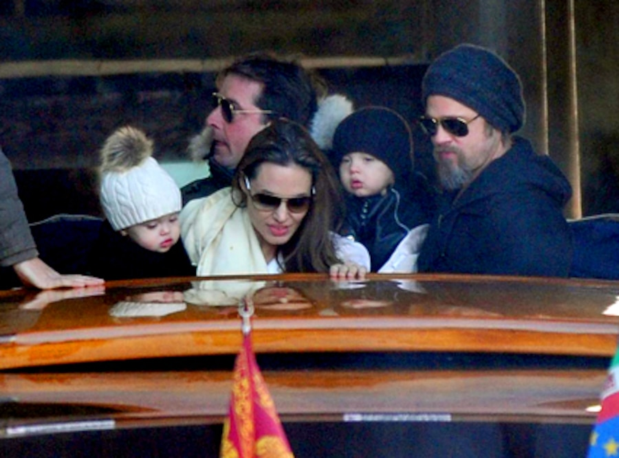 Angelina Jolie, Brad Pitt, Knox, Vivienne **ONE TIME USE ONLY