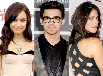 Demi Lovato, Joe Jonas, Ashley Greene