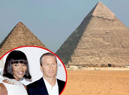 Luxor, Egypt, Naomi Campbell, Vladislav Doronin