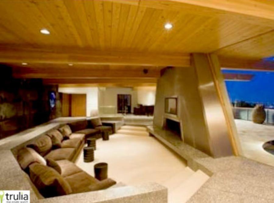 Christina Aguilera House
