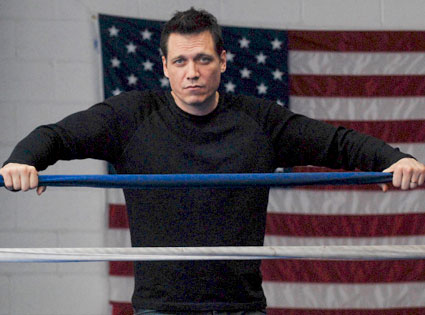 Lights Out, Holt McCallany