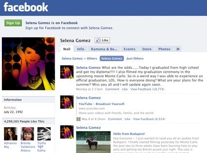 Selena Gomez, Facebook