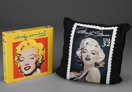 Anna Nicole Auction, Marilyn Monroe Pillow, Puzzle