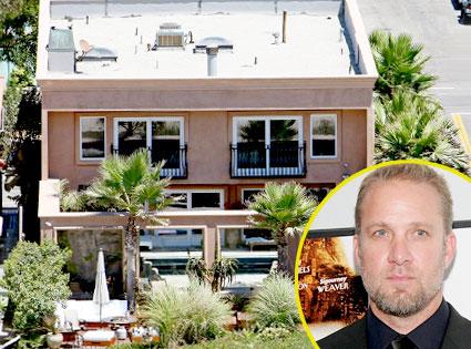 Jesse James, Sunset Beach Home