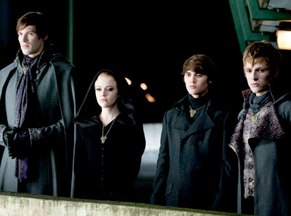 Twilight, Eclipse, Danielle Cudmore, Dakota Fanning, Cameron Bright, Charlie Bewley