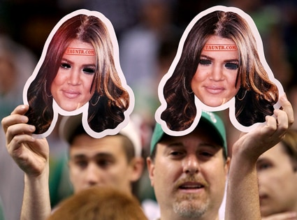 Khloe Kardashian Masks, Celtics Game