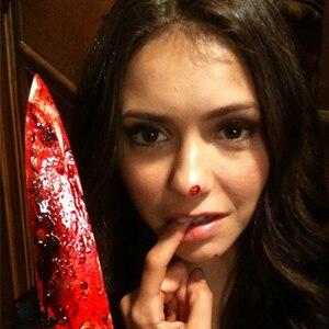 Nina Dobrev, Twitter