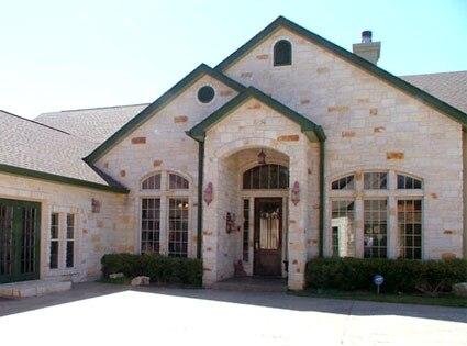 Jesse James, Austin Home
