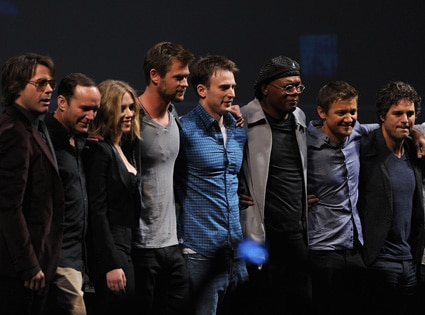 Robert Downey Jr., Clark Gregg, Scarlett Johansson, Chris Hemsworth, Chris Evans, Samuel L. Jackson, Jeremy Renner, Mark Ruffalo
